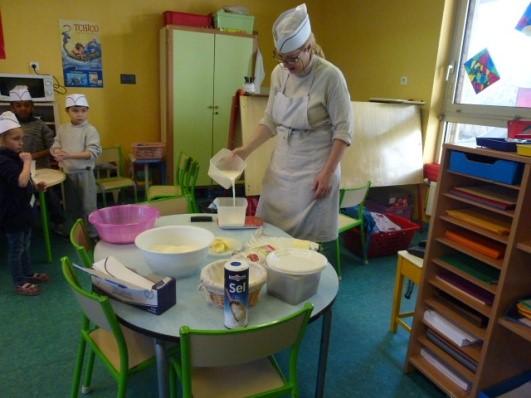 Atelier cuisine en maternelle ecole priv e sainte jeanne - Atelier cuisine maternelle ...